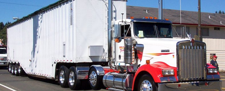 TRUCK ACCIDENTS – WHAT YOU SHOULD KNOW